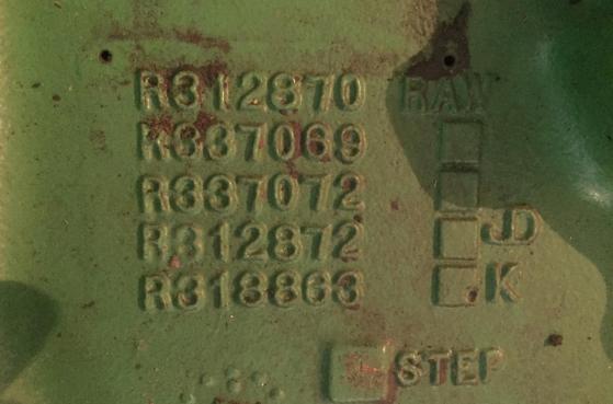 Карита переднього моста трактора John Deer 8360R після реставрації -  4