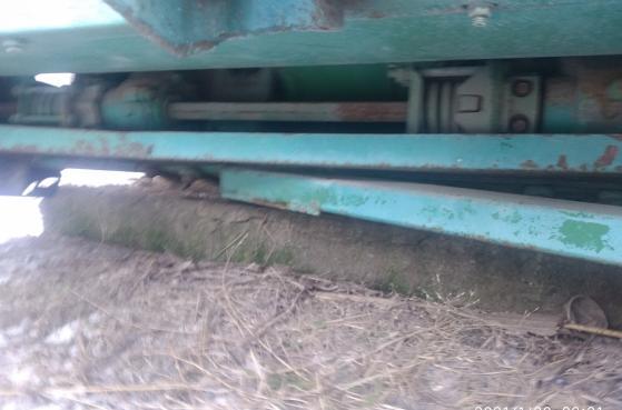 Жатки кукурузні John Deer 843, 892, 830 -  9